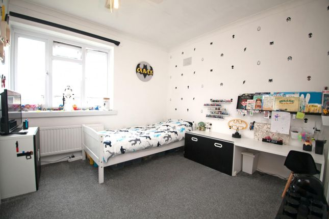 Bedroom Two of Ambrook Road, Reading RG2