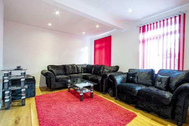 Living Room of Froxfield Avenue, Reading, Berkshire RG1