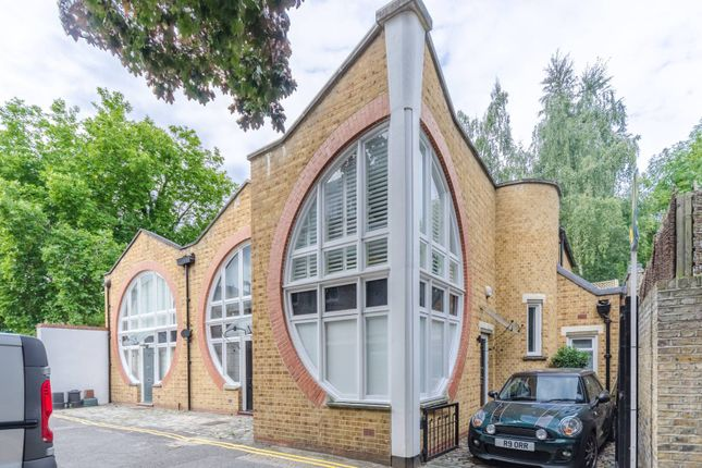Thumbnail Property for sale in Lonsdale Place, Islington