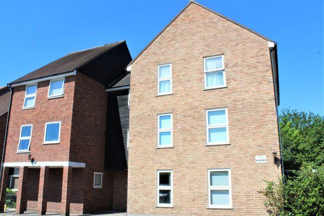 Thumbnail Flat to rent in Haslers Court, Fryerning Lane, Ingatestone, Essex