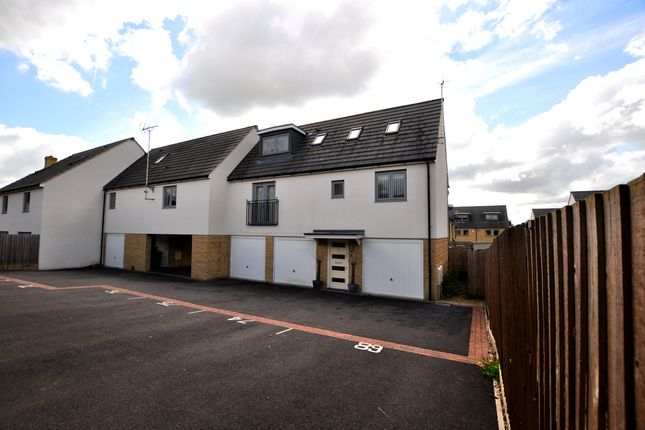 Thumbnail Property to rent in Graces Field, Stroud, Gloucestershire