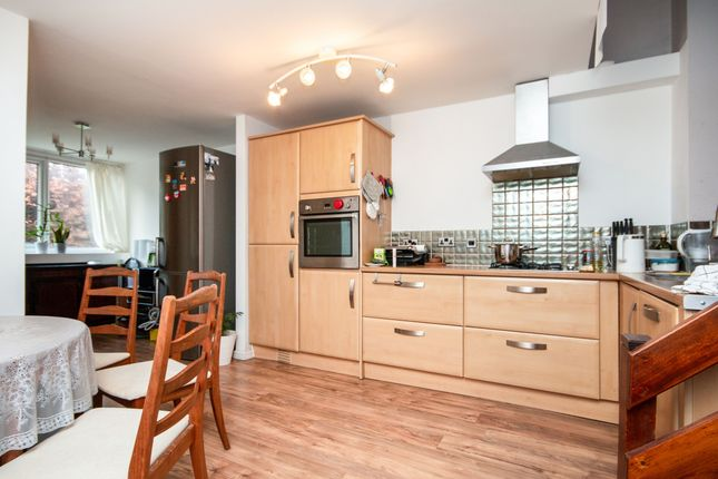 Thumbnail Terraced house to rent in Ochil Close, Basingstoke