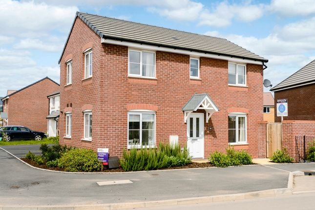 3 bed detached house for sale in Jubilee Way, Newport