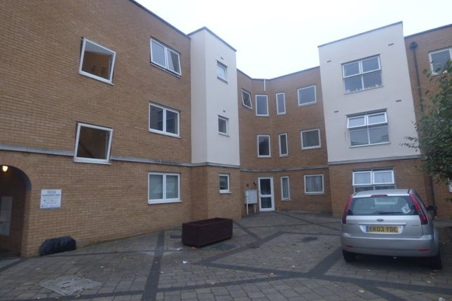 Thumbnail 1 bed flat to rent in Vantage Court, Southend-On-Sea