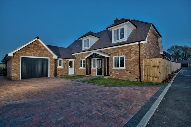Thumbnail Detached house for sale in Flitton Road, Bedford