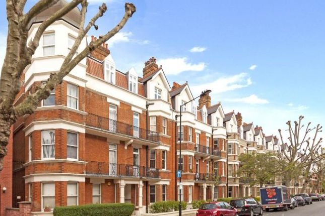 3 bed flat to rent in Lauderdale Mansions, Lauderdale Road, London