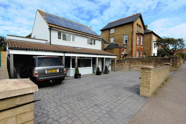 Thumbnail Detached house for sale in Station Road, Walmer