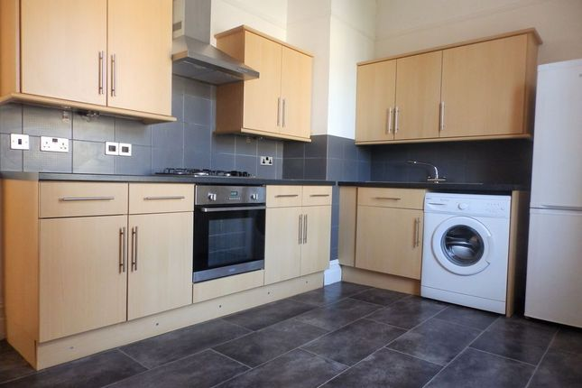 Thumbnail Flat to rent in Brighton Road, Worthing, West Sussex