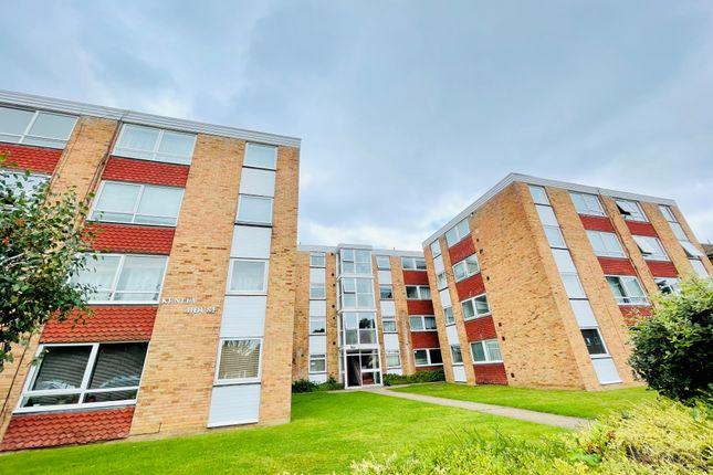 Thumbnail Flat to rent in Kenley House, Ashburton Road, Croydon