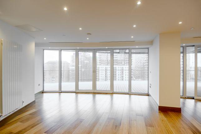 Living Room 2 of Arena Tower, Crossharbour Plaza, Canary Wharf E14
