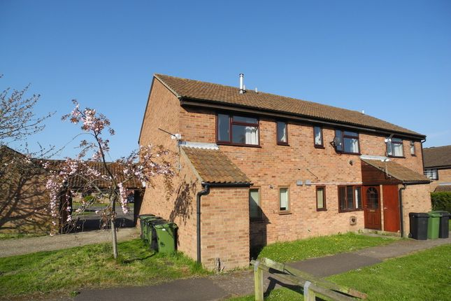 Thumbnail Flat to rent in Halfpenny Court, Loddon, Norwich