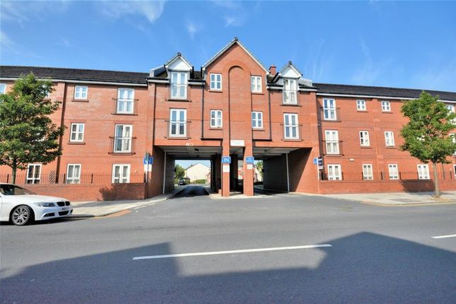Thumbnail Flat to rent in Bridge Road, Crosby, Liverpool