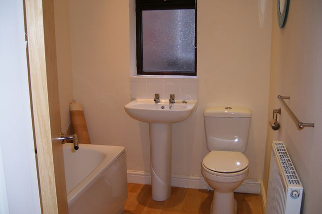 Thumbnail Semi-detached house to rent in Mauldeth Road, Manchester