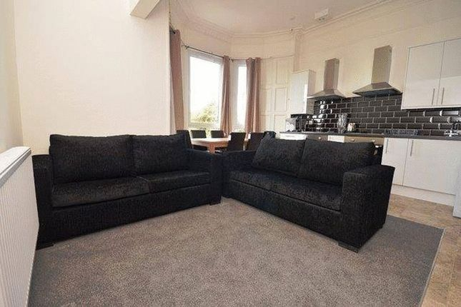Thumbnail Flat to rent in Eric Street, London