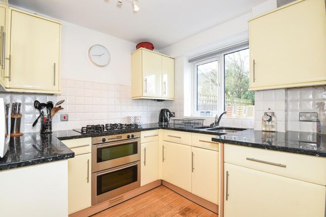 Thumbnail Town house to rent in Copse Wood, Iver