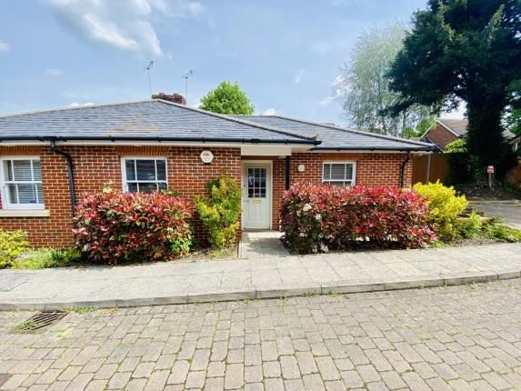 Thumbnail Bungalow for sale in Clare Gardens, Hitchin, Herts, England