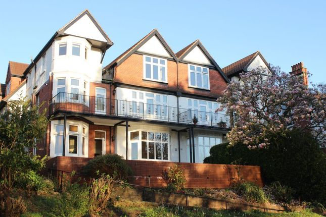 Thumbnail Flat to rent in Lake Road East, Roath Park, Cardiff