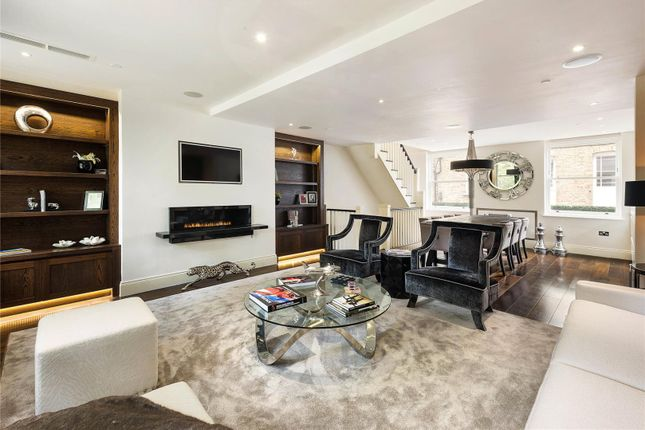 Thumbnail Mews house for sale in Drayson Mews, London