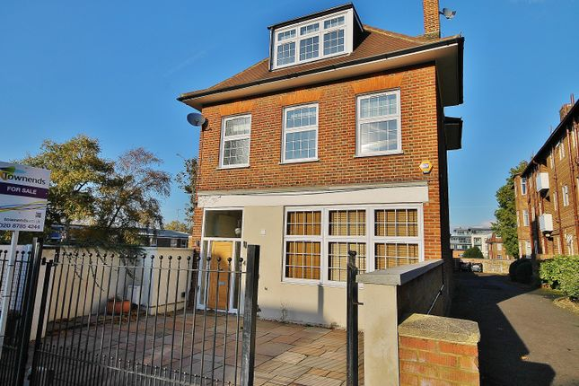 Thumbnail Property for sale in Westleigh Avenue, London