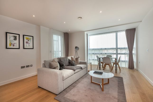 1 bed flat to rent in Taverners Close, Addison Avenue, London