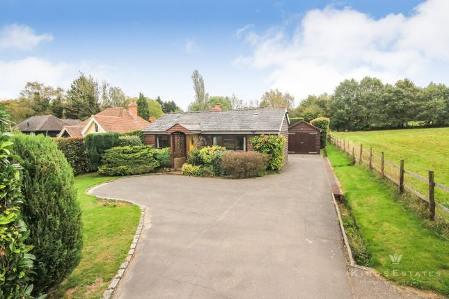 Thumbnail Detached bungalow to rent in New Road, Rotherfield, Crowborough