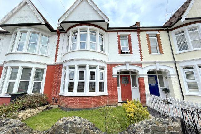 Thumbnail Flat to rent in Elderton Road, Westcliff-On-Sea