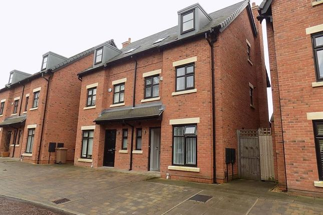 Thumbnail Town house to rent in Old Boatyard Lane, Worsley, Manchester