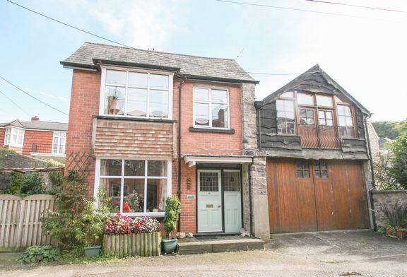 Thumbnail Semi-detached house for sale in Mill Head, Bampton, Tiverton