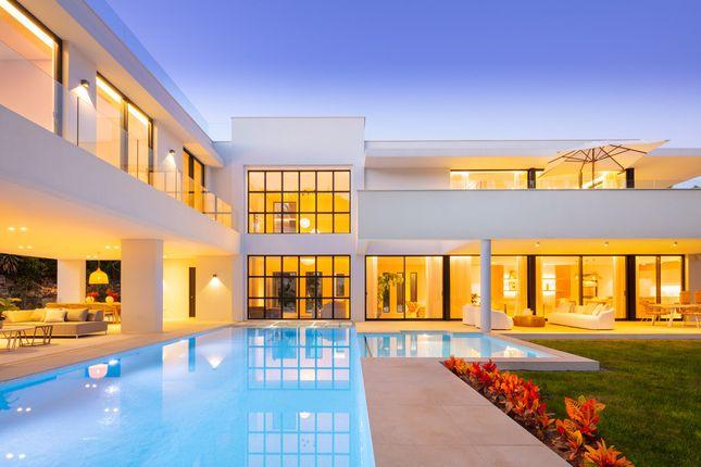 Thumbnail Villa for sale in Aloha, Nueva Andalucia, Marbella