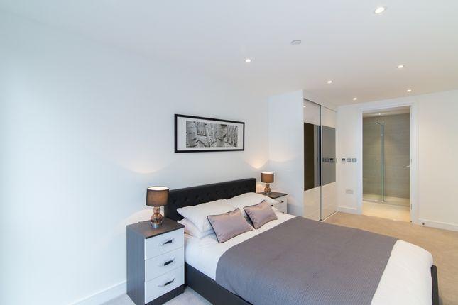 4_Bedroom (2) of Kensington Apartments, Cityscape, Aldgate E1
