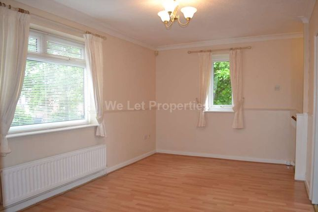 Thumbnail Flat to rent in Crammond Close, Failsworth, Manchester