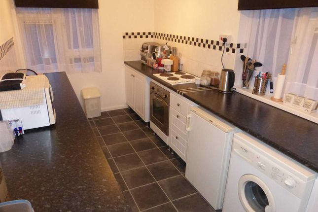 Thumbnail Flat to rent in Gorley Court, Leigh Park, Havant