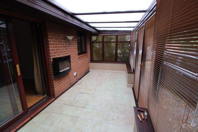 Thumbnail Bungalow for sale in Broadwater Drive, Dunscroft, Doncaster