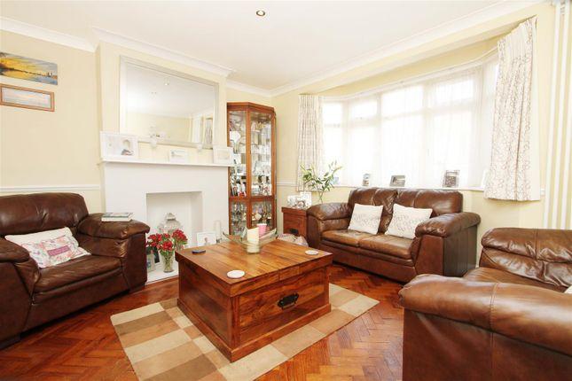 Living Room of Clovelly Close, Ickenham, Uxbridge UB10