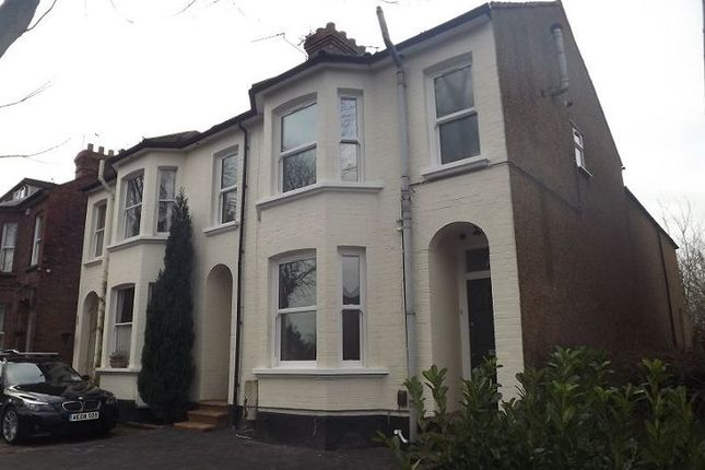 4 bed semi-detached house to rent in Granville Road, St Albans