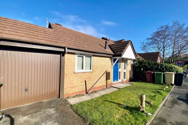 2 bed semi-detached bungalow to rent in Division Street, Bolton, Lancashire. BL3