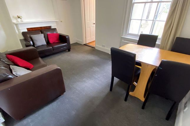 2 bed property to rent in York Road, Canterbury CT1