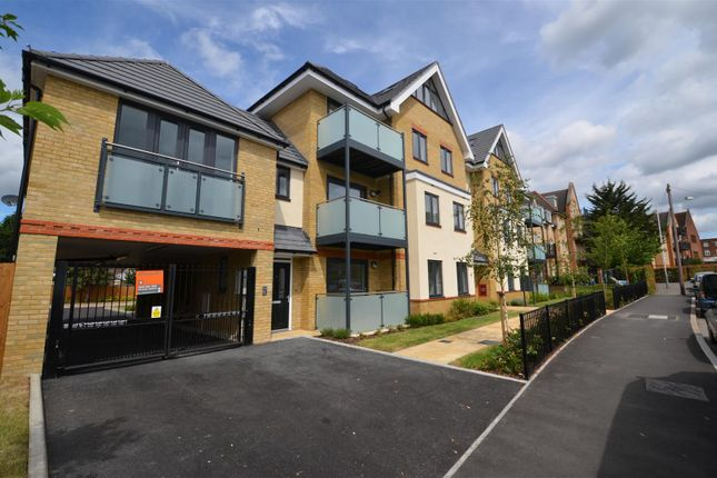Thumbnail Flat to rent in Frays Court, 10 Swan Road, West Drayton, Middlesex