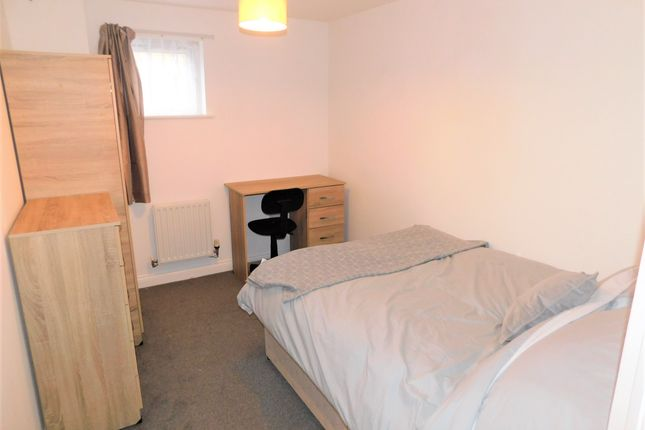 Thumbnail Room to rent in White Star Place, Southampton