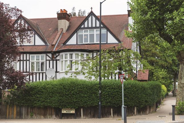 Thumbnail Flat for sale in Chatsworth Road, Mapesbury, London