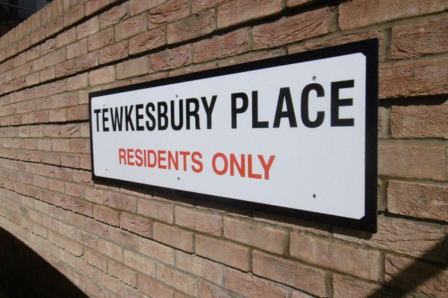 (Main) of Tewkesbury Place, Beeston NG9