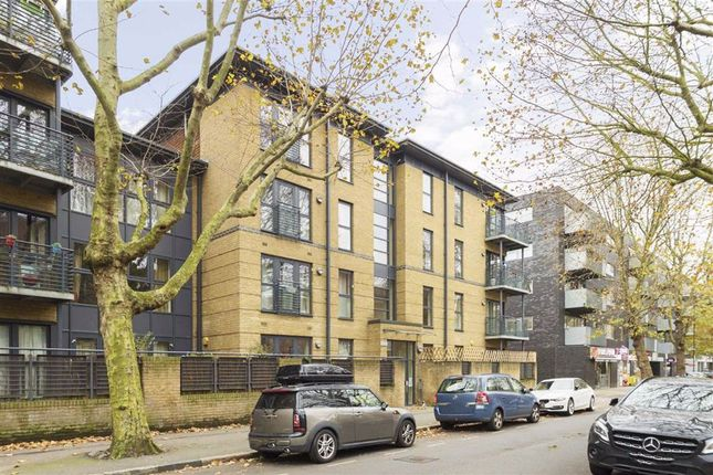 Flat for sale in Spa Road, London