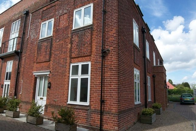 Thumbnail Maisonette to rent in Norwich Road, Halesworth