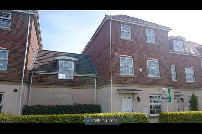 4 bedroom terraced house to rent in Scholars Walk, Bexhill-On-Sea