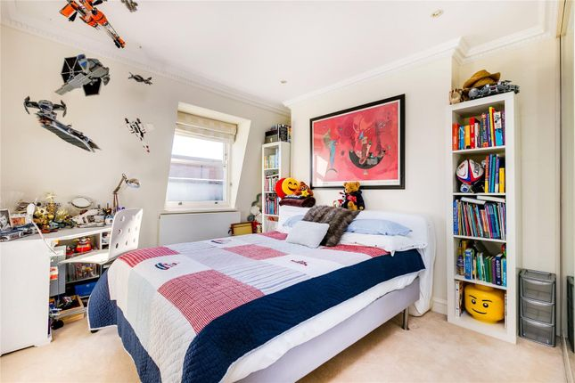 Bedroom of Lancaster Road, Notting Hill, London W11