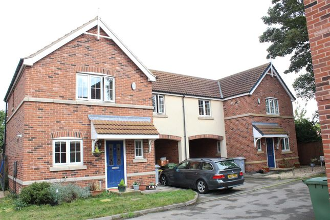 3 bed semi-detached house for sale in Spire Gardens, Newark