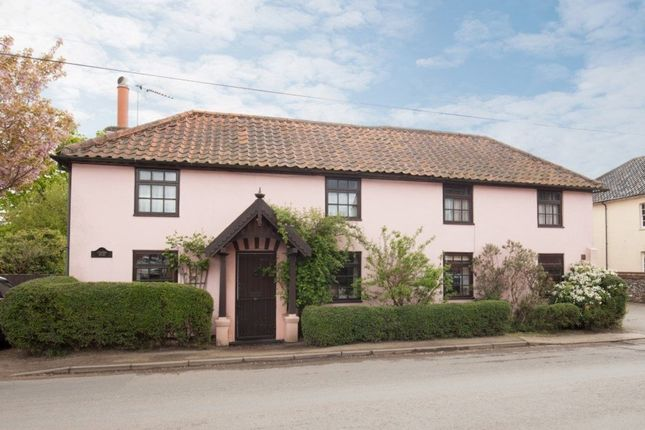 Thumbnail Detached house for sale in Station Road, Foulsham, Dereham