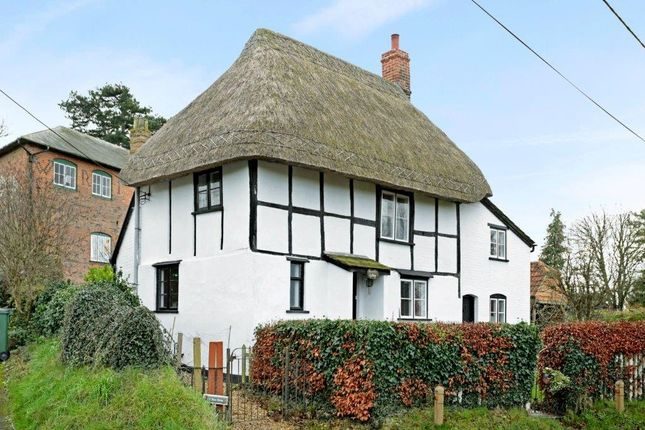 Thumbnail Cottage to rent in Fussells Cottage, Greengate Road, Wedhampton, Devizes