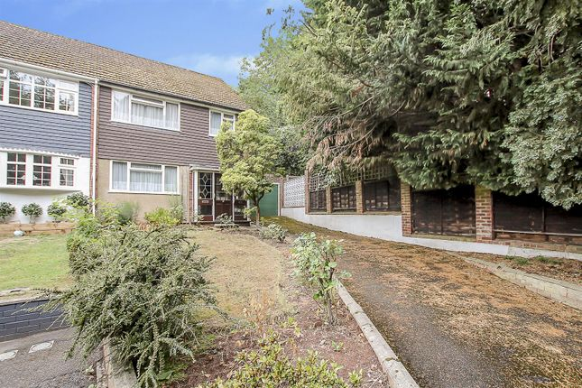 Thumbnail Property for sale in Ashford Avenue, Brentwood