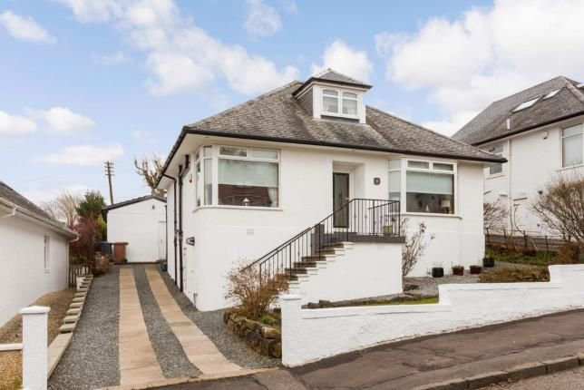 Thumbnail Bungalow for sale in Queensberry Avenue, Clarkston, East Renfrewshire